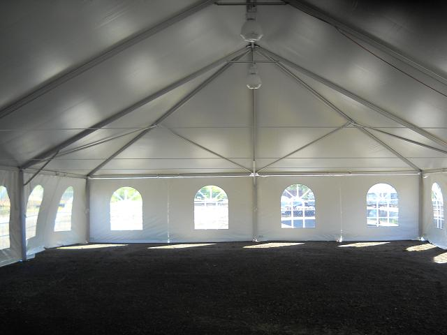 40 wide tent set up 048